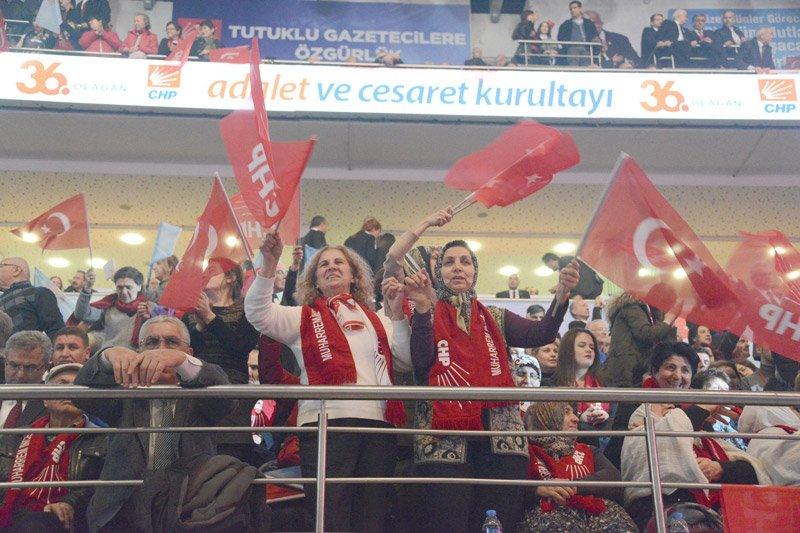 """CHP kurultayında """"Eyyy Kılıçdaroğlu"""" sürprizi!"""