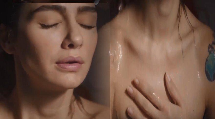 Reyting kaygısı yaşayan 'Siyan Beyaz Aşk' dizisi hamam sahnesiyle yükselişte