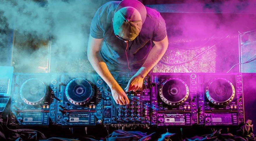 En yetenekli DJ için keşif başlıyor