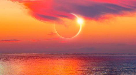 Kova burcunda Merküryen Güneş Tutulması