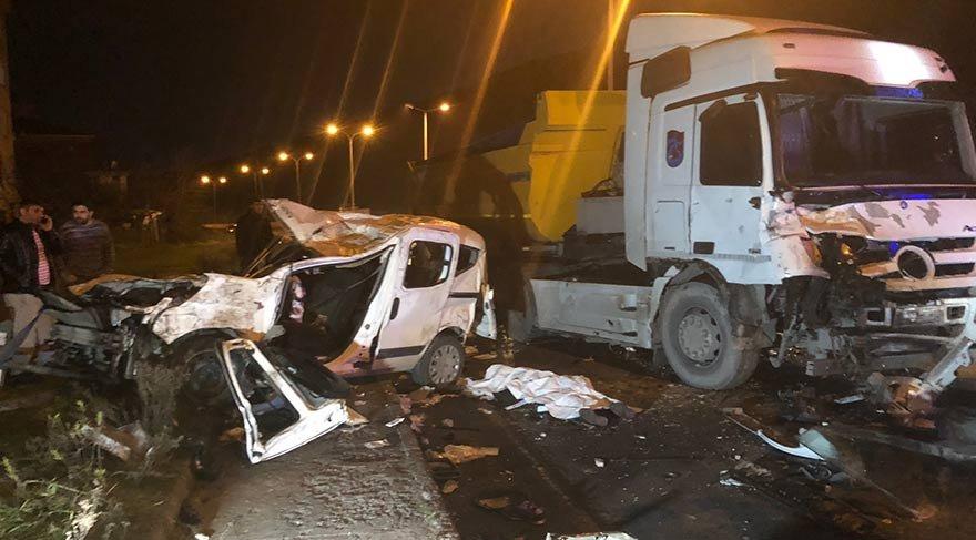 Maltepe'de feci kaza: 1 ölü 2 yaralı