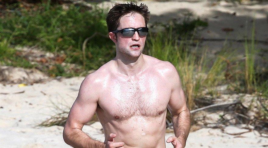 Müslümanlığı seçtiği iddia edilen Pattinson böyle görüntülendi