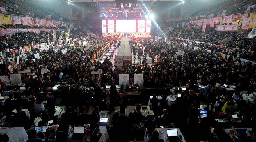 Son dakika haberi... CHP kurultayında Parti Meclisi seçimi