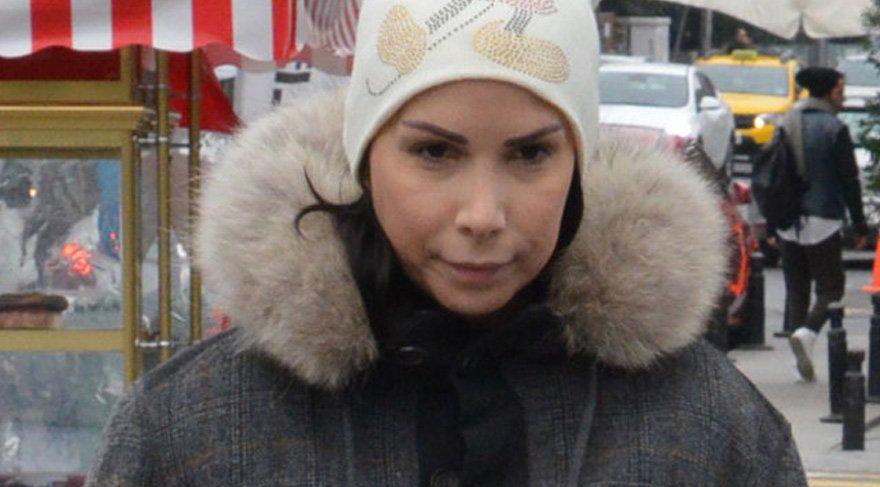 Şarkıcı Tuğba Özerk, yakalama kararının ardından adliyede ifade verdi