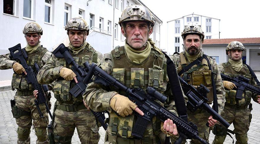 Özel Kuvvetlere bağlı bordo bereli askerlerin terör örgütlerine yönelik yaptıkları operasyonu konu alan film. Afrin'de başlayıp, Bursa İnegöl'de son buluyor.