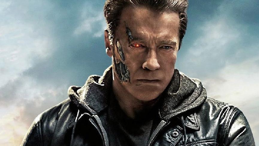 Arnold Schwarzenegger, ameliyata alındı