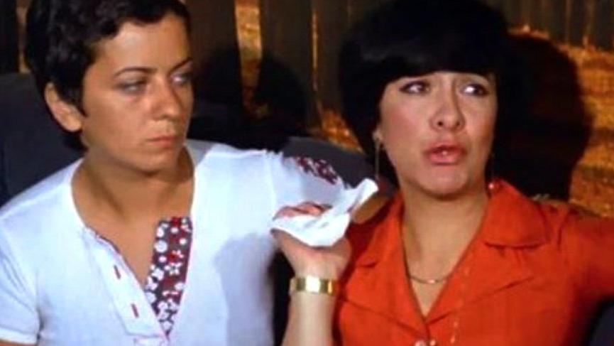 Vatanım Sensin dizisinin oyuncusu Kemal Sunal'la aynı filmde oynamış