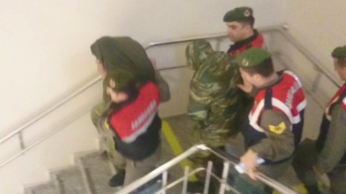 Edirne'de tutuklu bulunan 2 Yunan askeri için flaş karar