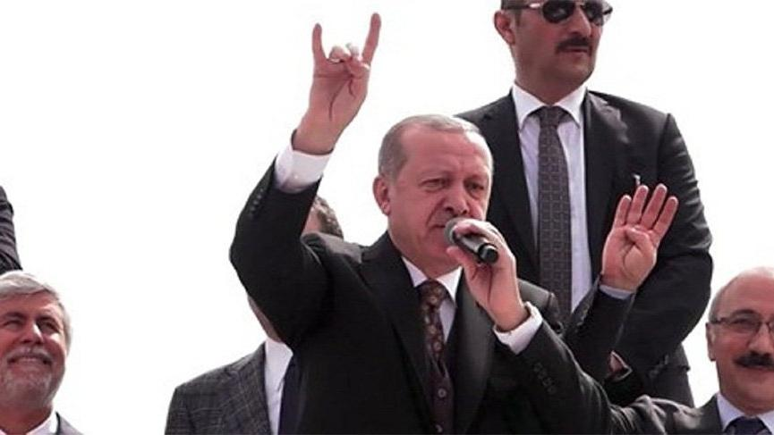 AKP'den ilk açıklama: Bozkurt yapmadı…