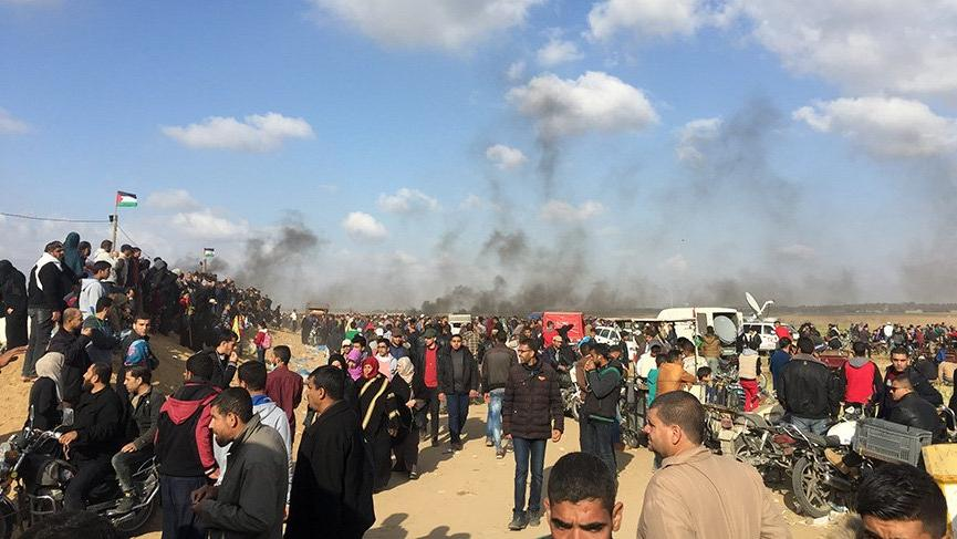 İsrail, Gazze'deki 'Büyük Geri Dönüş Yürüyüşü'nde 15 Filistinliyi öldürdü