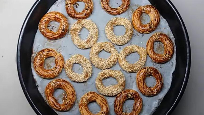 Kandil simidi tarifi: Evde kolayca kandil simidi nasıl yapılır? İşte geleneksel lezzet kandil simidi…