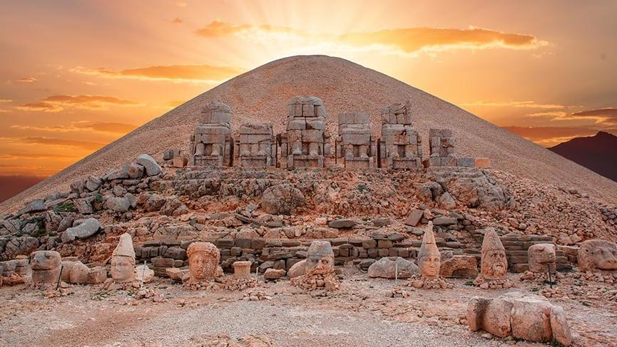 Image result for Nemrut Dağ