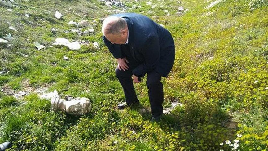 Çobanlar, su kanalında 'Atatürk' büstü buldu