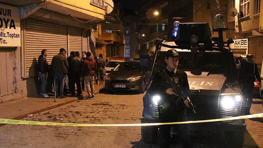 Beyoğlu'nda kahvehaneye ateş açıldı: Yaralılar var