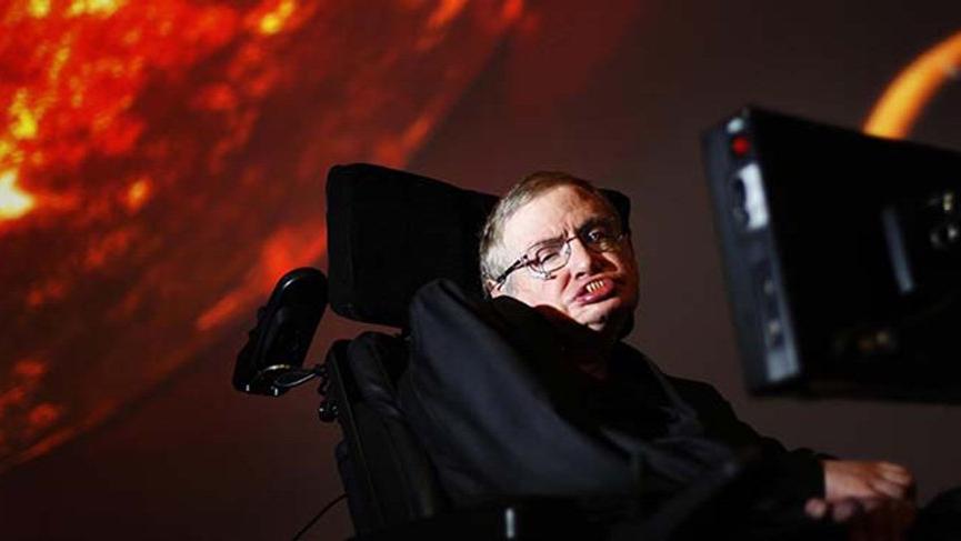 Güneyden Kuzeye doğru başarılı yolculuk: Stephen Hawking