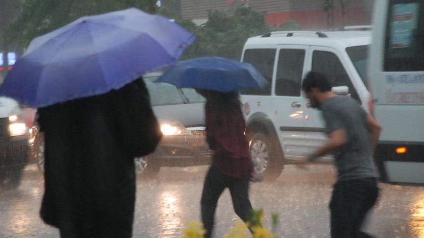 Hava durumu tahminleri şaştı! Yağmur uyarısına rağmen…