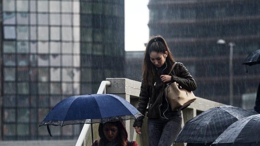 Meteoroloji'den bütün yurda sağanak yağış uyarısı!