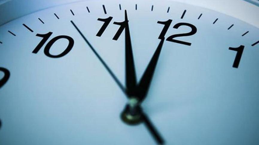 şu An Saat Kaç Saatler Ileri Mi Alındı Işe Gitmek Için Uyananlar