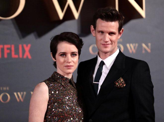 Dizinin 1970li yılları anlatacak üçüncü sezonunda Claire Foy ve Matt Smith rol almayacak.