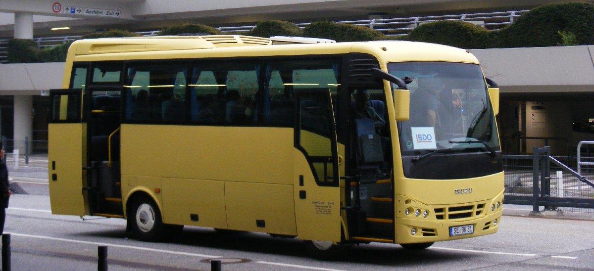 se-bk_31_omnibus_guhl-_isuzu_turquoise_midi_bus-_hamburg-_-_flickr_-_sludgegulper-kopya