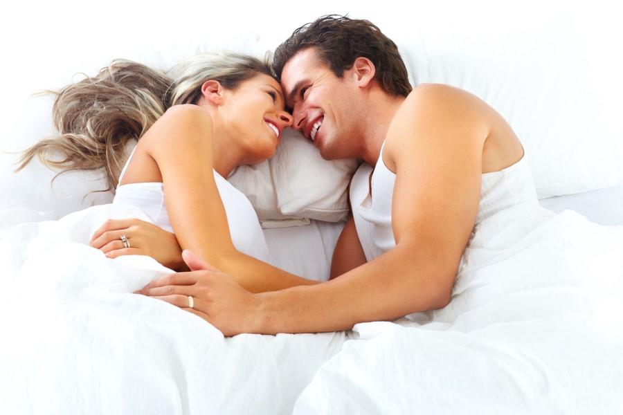 Cinsellikle ilgili her şey doğuştandır, öğrenilmez: Bu mit cinsellik hakkındaki öğrenmeleri engeller. Cinselliğin doğuştan getirilen içgüdüsel ve fizyolojik tarafları tabi ki vardır. Ancak cinselliğin davranışsal kısmı öğrenmeyle ilişkilidir. Cinsel yaşam yönelik edinilen yeni bilgiler hazzı artırır. Cinsel bilgi ve beceri düzeyinin artması cinsellikle ilgili algıyı değiştirir ve cinselliği daha özgür yaşamasını sağlar.