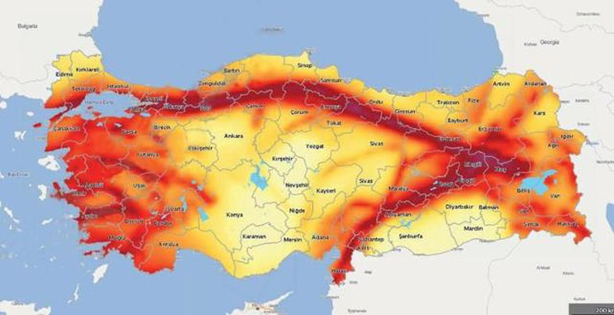 Kırmızı boyalı yerler tehlikeli ilan edilmiş.