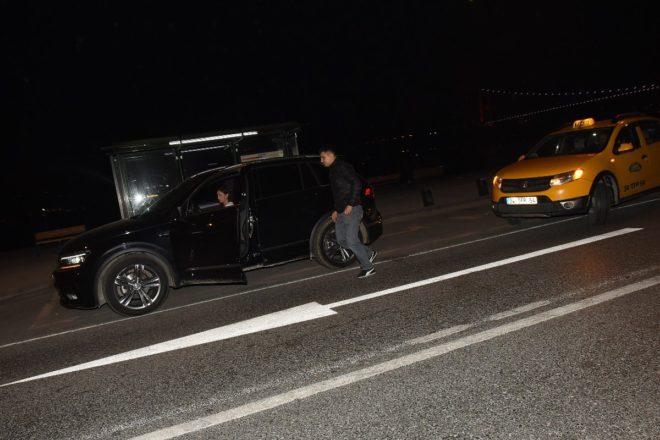 Tolga Sarıtaş başka bir taksi gönderip eşyalarını aldırıyor