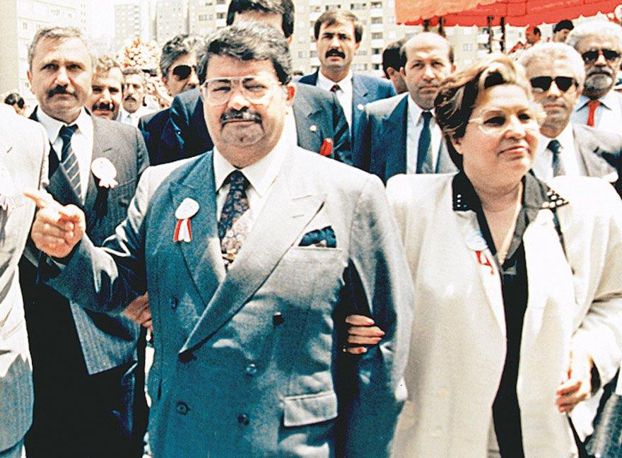 8. Cumhurbaşkanı Turgut Özal ve eşi Semra Hanım...