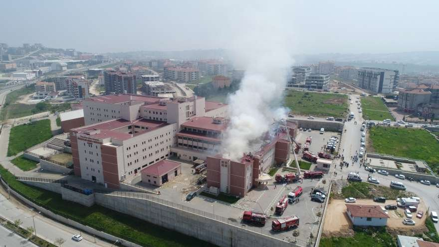bursa-yangin-hastane-foto-iha-1