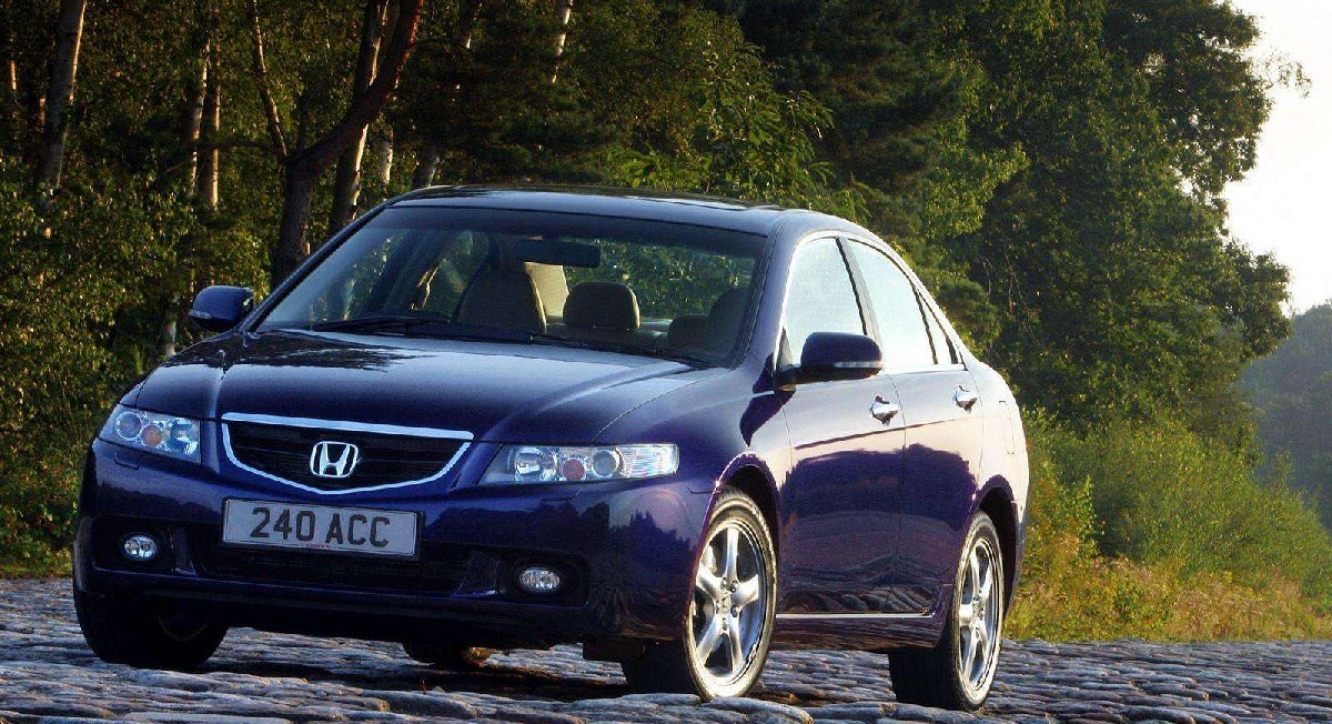 honda-accord_sedan_2-4_european_version-2003-kopya