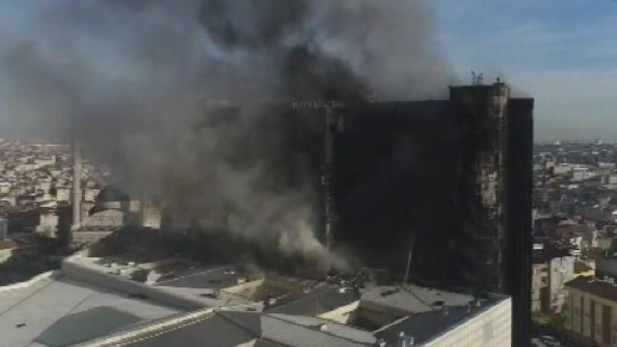 Korkunç yangın havadan böyle görüntülendi!