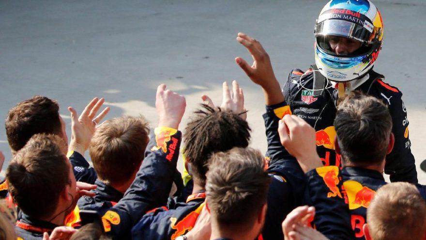 Çin'de zafer Ricciardo'nun!