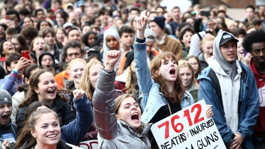 Gençlerin en büyük problemi işsizlik