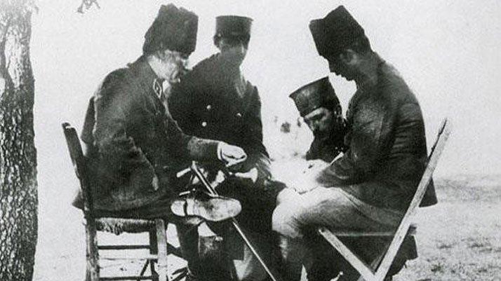 Atatürk'ün o fotoğrafı iki il arasında tartışma konusu oldu