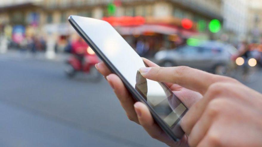 iPhone'da şaşırtan hata! Annenize küfür edebilir