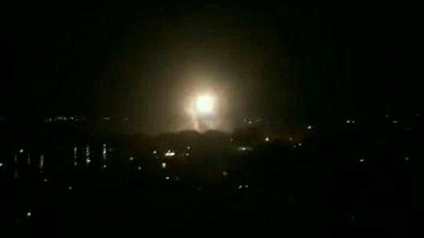 Suriye'nin Halep kenti yakınlarındaki İran üssünde şiddetli bir patlama meydana geldi