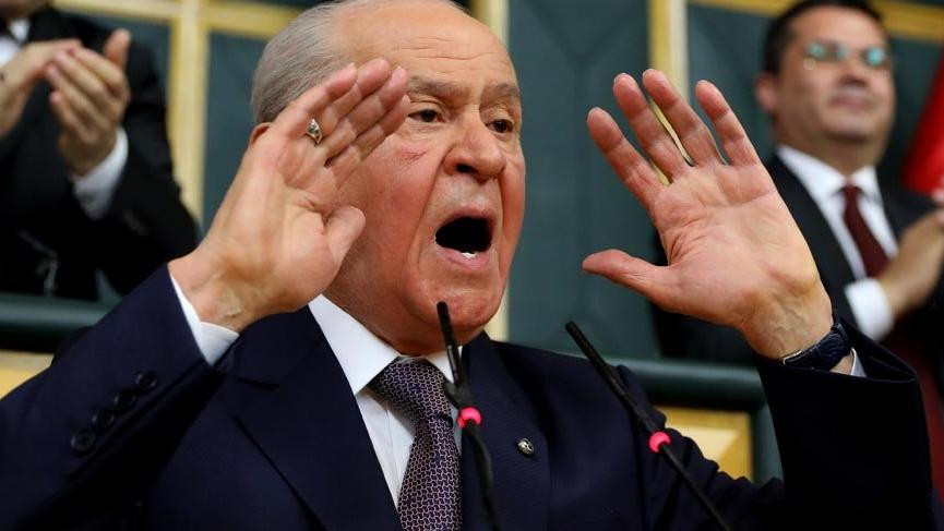 Bahçeli'nin 'erken seçim' çağrısı Ankara'yı karıştırdı