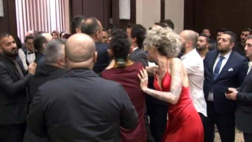Oyuncu Berna Öztürk'e galada saldıran zanlı adliyeye sevk edildi