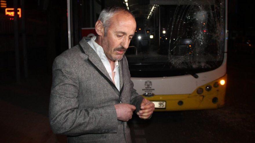 Eşkıya yapmaz! Belediye otobüsüne ateş edip şoförünü darp etti