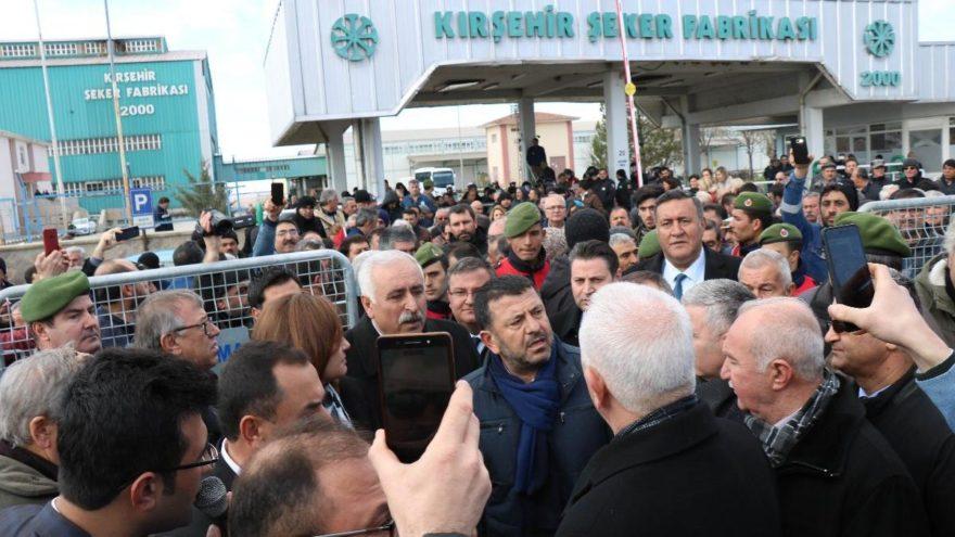 Bu ne acele: Kırşehir Şekeri Boşaltılıyor
