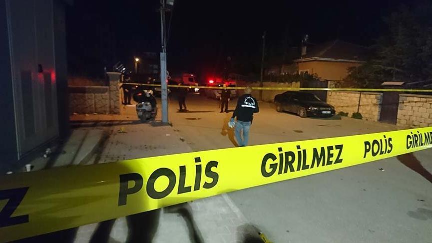 Konya'da düğüne uyarıya giden polise saldırı