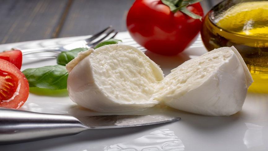 Evde peynir nasıl yapılır? Sirke kullanarak basitçe evde peynir tarifi…