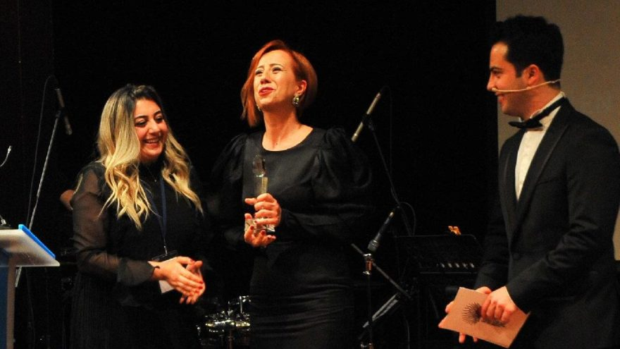 Sözcü'ye 'En Harbi Gazete' ödülü