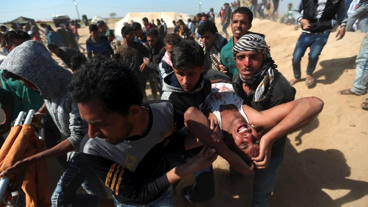 İsrail yine kalabalığa ateş açtı