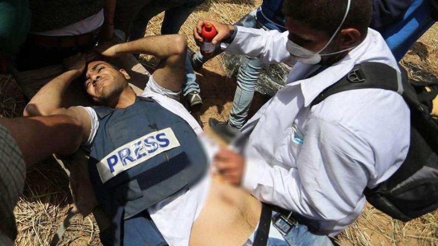 İsrail askerleri Filistinli gazeteciyi öldürdü