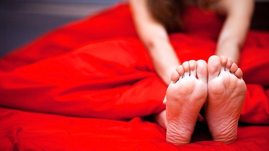 Huzursuz bacak sendromunun nedenleri ve tedavisi...
