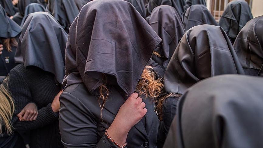 İtalya'da kadınların hüzünlü yürüyüşü