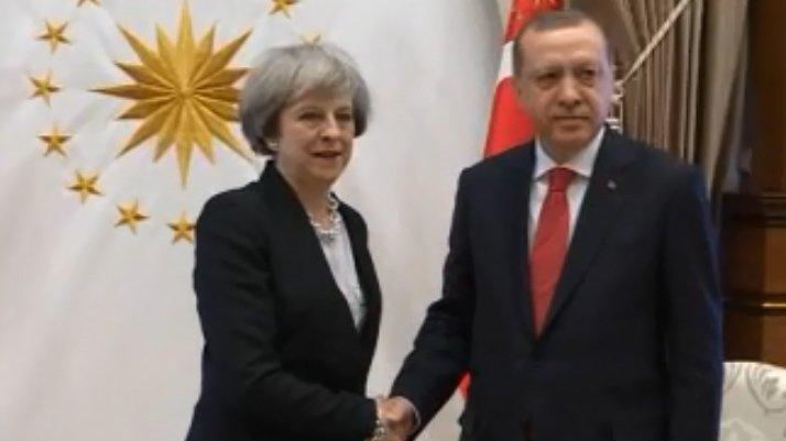 Erdoğan, May ile görüştü