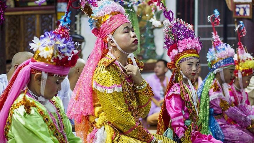 Tayland'da Kristal Çocuklar Festivali