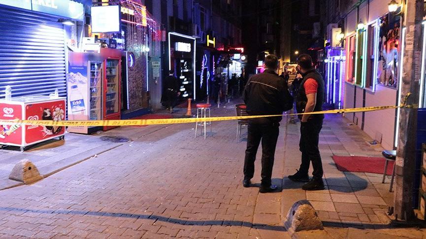 Kadıköy'de silahlı kavga! 2 yaralı